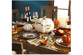 Setting the Thanksgiving Holiday Table
